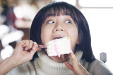혜리 vs 안재홍 먹방대결! 지켜보는 류준열은 어이없어